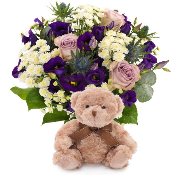 Met dit boeket maakt u de felicitatie voor dit prachtige wonder compleet! Het boeket bestaat uit verschillende witte en blauw/paarse seizoen 's bloemen. Teddybeer is inbegrepen, de vaas is niet deze is apart bij te bestellen.